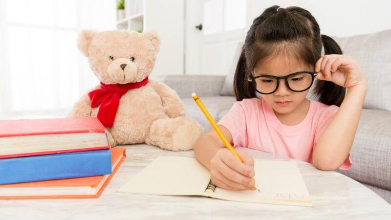 【初めてのお勉強】小学校入学準備はこの3教材!1番人気はタブレット